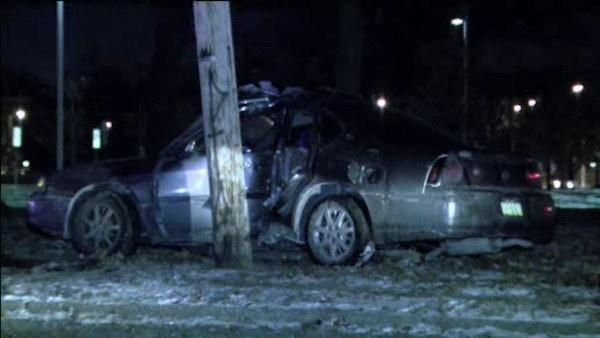 Driver injured in Fairmount Park crash