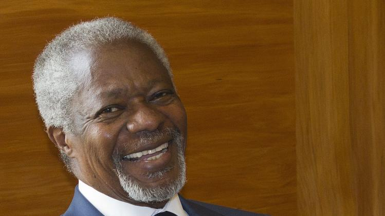 The Joint Special Envoy for Syria Kofi Annan smiles next to President of the United Nations General Assembly Nassir Abdulaziz Al-Nasser, not pictured, before a meeting at the European headquarters of the United Nations, in Geneva, Switzerland, Tuesday, May 8, 2012. (AP Photo/Keystone, Salvatore Di Nolfi)