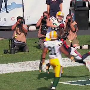 Green Bay Packers quarterback Aaron Rodgers 11-yard touchdown pass to wide receiver Jordy Nelson