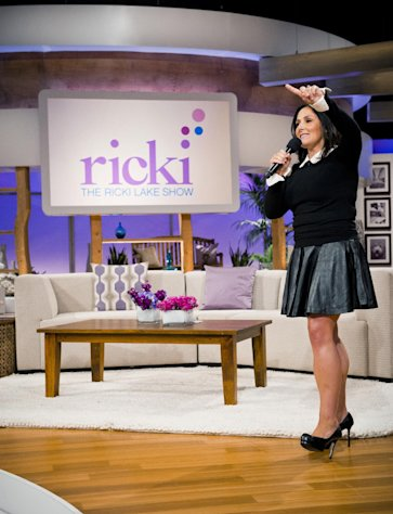 This Wed., July 25, 2012 photo released by 20th Television shows host Ricki Lake during the first day of taping for her new daytime talk show, &quot;The Ricki Lake Show,&quot; in Los Angeles. The TV show debuts Monday, Sept. 10, 2012, bringing the talk show host back to daytime TV. (AP Photo/20th Television, Barry J. Holmes)