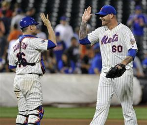Niese watches nervous 9th as Mets beat Braves 6-5