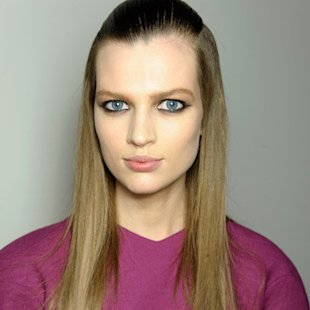 Versus AW12 Backstage: Sleek Hair Trend