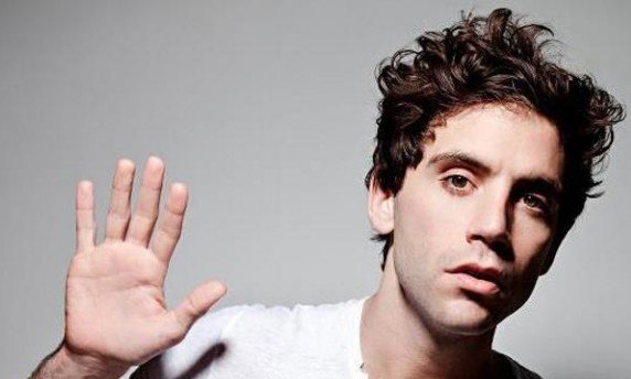 "MIKA : Mika surprend et convainc avec ""The Origin of Love"""