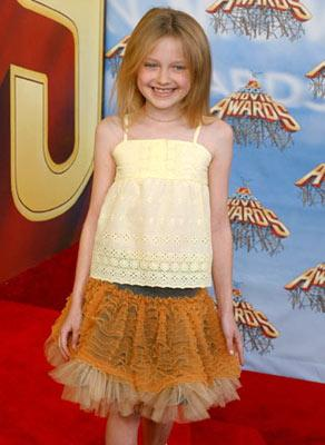 Dakota Fanning MTV Movie Awards 2005 - Arrivals Los Angeles, CA - 6/4/05