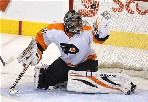 Flyers beat Jets 3-2