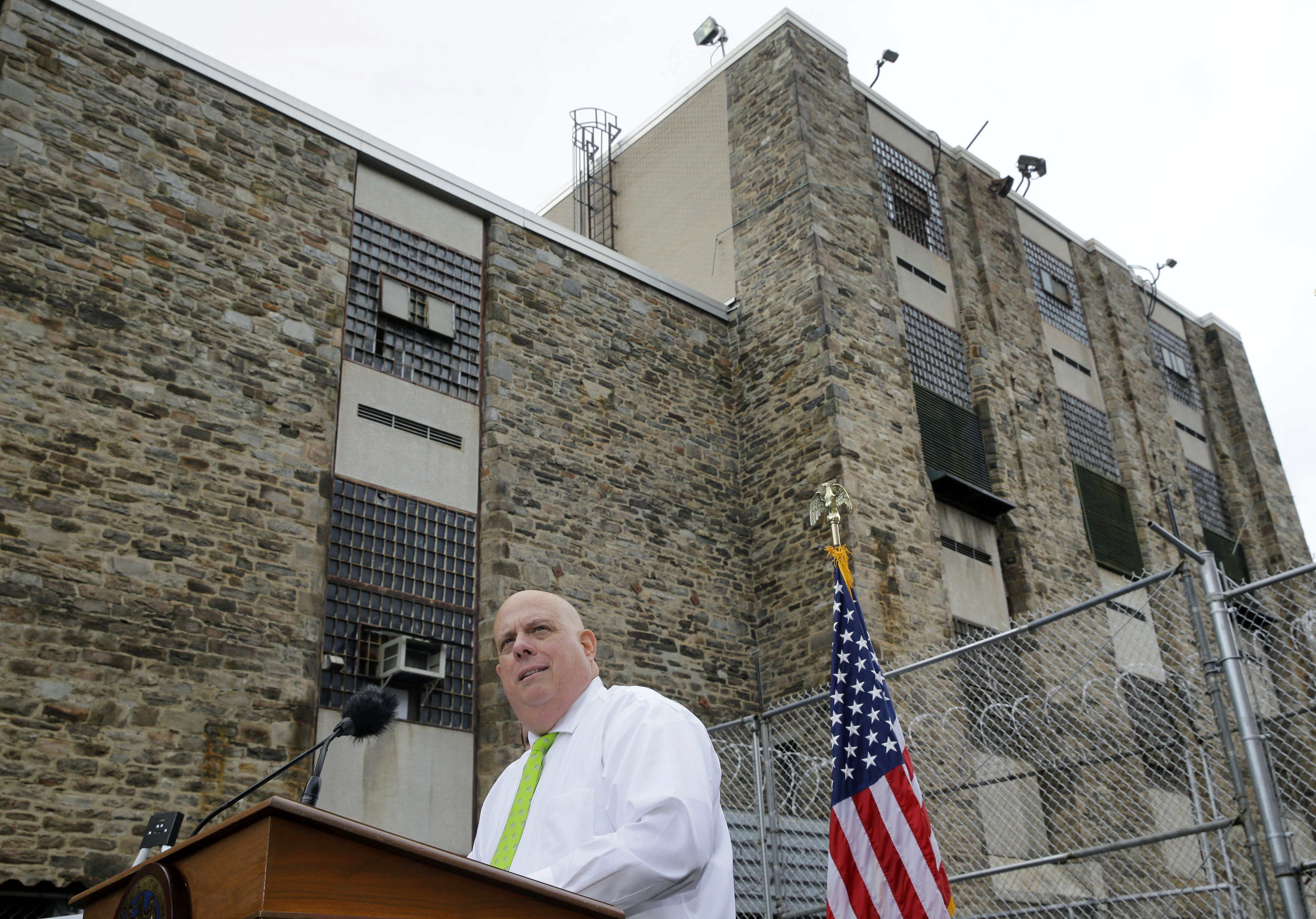Maryland moves last inmates from decrepit Baltimore jail