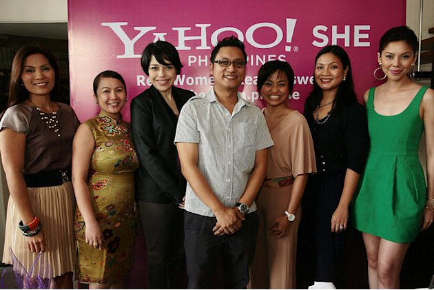 Yahoo! SHE host, panelists with Arlene Amarante, Erwin Oliva and Charley Braga