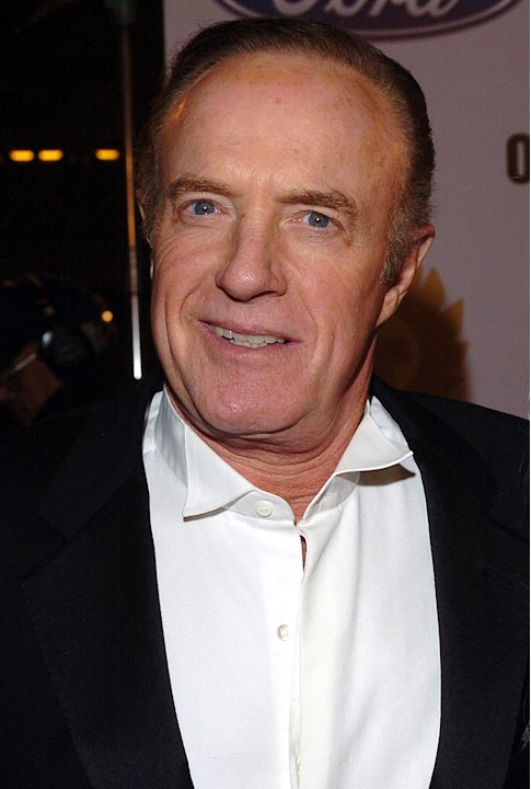 "James Caan at the ""Ocean's Twelve"" Los Angeles Premiere.  December 8, 2004"