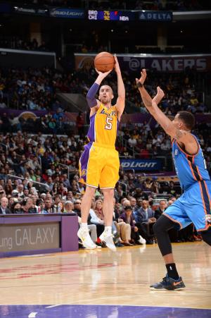 Lakers trade Steve Blake to Warriors for 2 guards