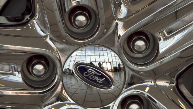 Ford to resume paying dividend