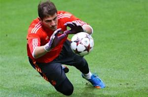 Perez denies falling out with Casillas