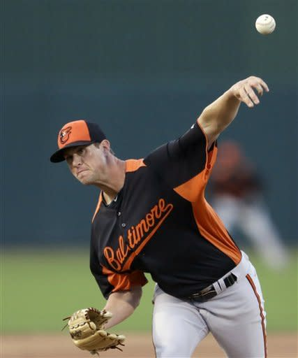 Matusz 4 hitless innings, O's top Twins 9-4