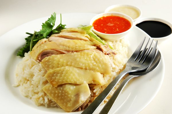 The Hainanese chicken rice loved by all Singaporeans.