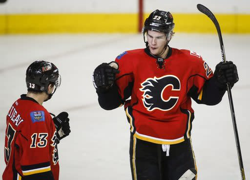 Brodie, Bennett lead Flames past Canucks 4-2 in Game 3