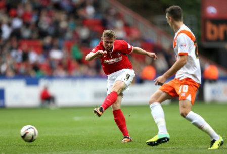 Soccer - Sky Bet Championship - Charlton Athletic v Blackpool - The Valley
