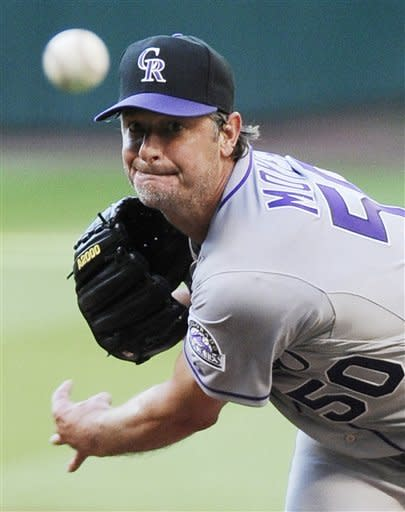 49-year-old Moyer loses Rockies debut
