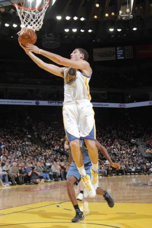 Warriors rally to beat Timberwolves