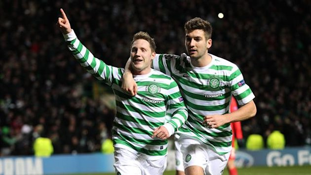 Celtic's Kris Commons, left, celebrates (PA Sport)