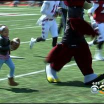 Leah Still Scores Touchdown At Temple's Cherry And White Game