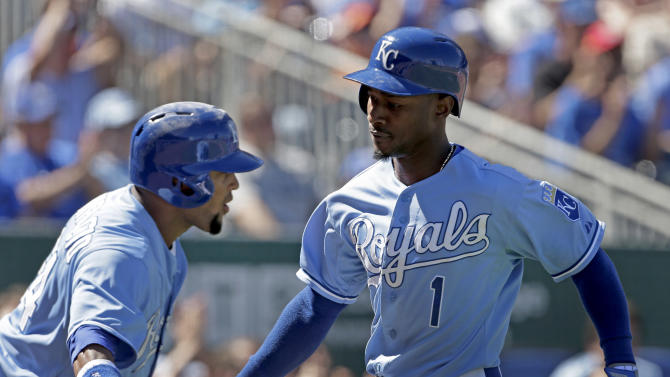 Felix loses again, Royals top Mariners 3-1