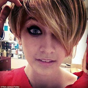 Paris Jackson con nuevo recorte via Twitter