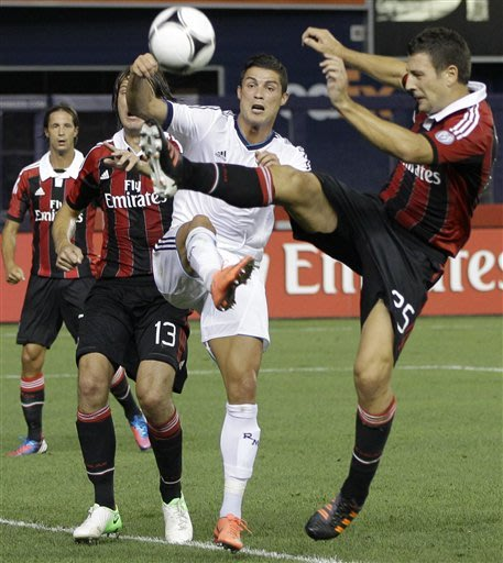 In 5-1 Real win, Kaka shows why AC Milan wants him