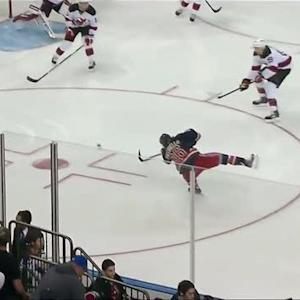 Mats Zuccarello buries the hard rebound