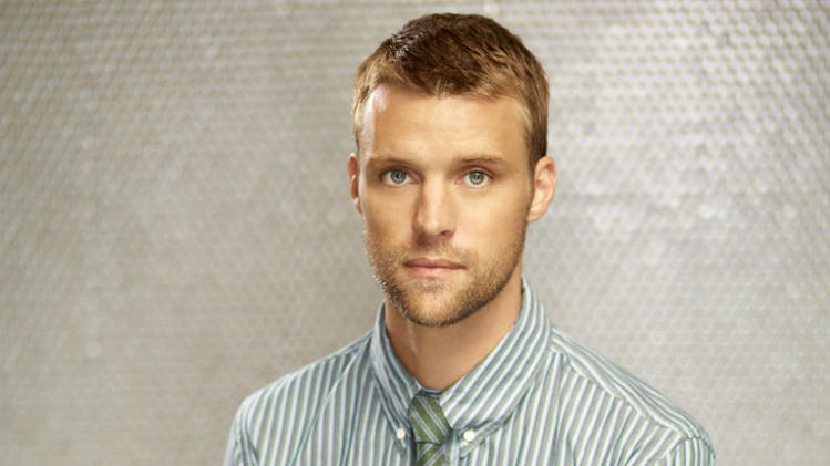"Jesse Spencer returns as Dr. Robert Chase in Season Eight of ""House."""