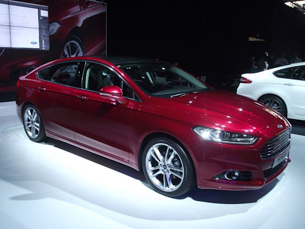 Ford Mondeo - Live Salon Paris 2012