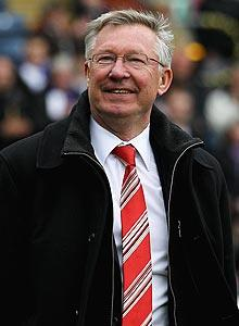 Man U's Ferguson scolded for praising a referee
