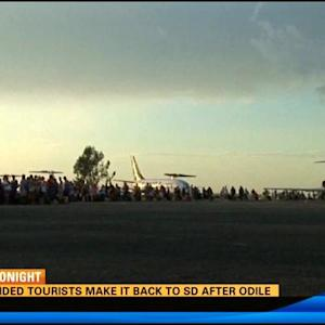 Emotional return to San diego for stranded tourists in Odile