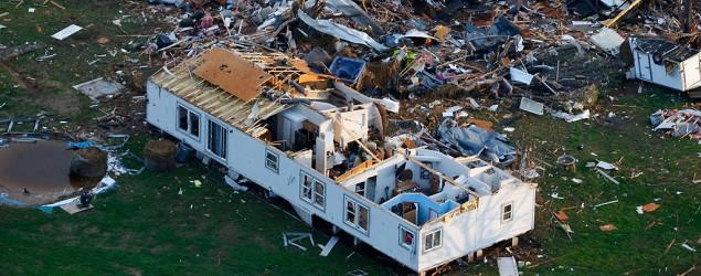 1 dead after twister ravages mobile home park