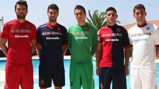 2012-2013, Cagliari football shirts, Photo www.cagliaricalcio.net