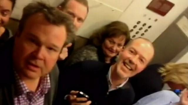 'Modern Family' Cast Members Stuck in Elevator During Fundraiser
