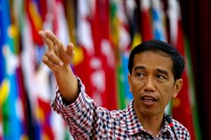 Indonesian presidential candidate Joko Widodo addresses …