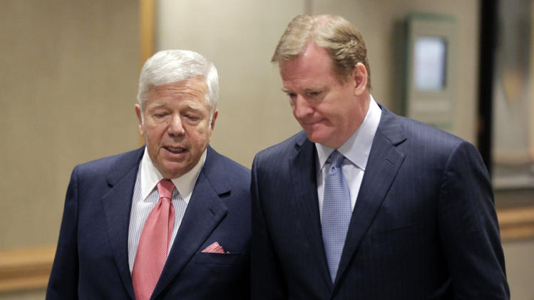 Robert Kraft, owner of the New England Patriots, left, talks with NFL Commissioner Roger Goodell while arriving at the NFL football owners meetings in Indianapolis, Tuesday, May 24, 2011. (AP Photo/AJ Mast)