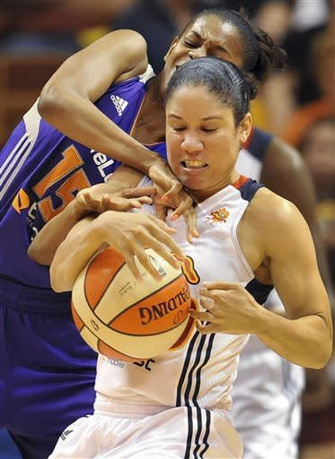 Bonner scores 35 to help Mercury beat Sun