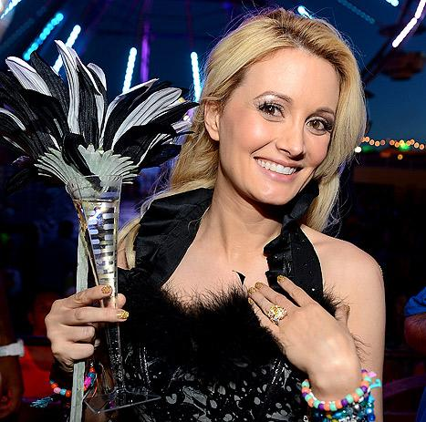 Holly Madison Engaged to Pasquale Rotella: See Her Ring!