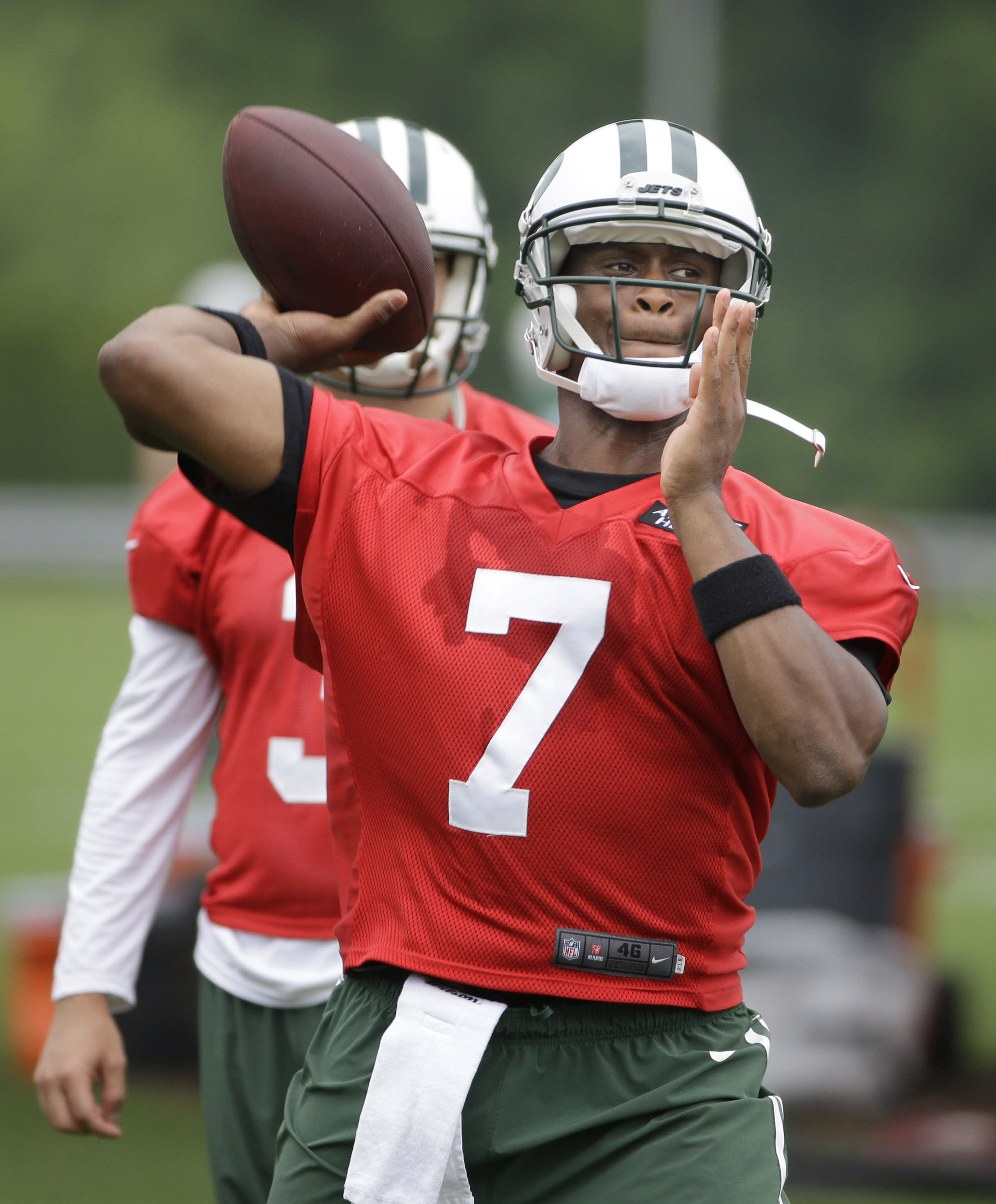 Bowles: Jets' QB competition is on, but it's Smith's to lose