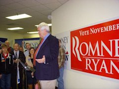 Newt Gingrich visits Republican volunteers in Lynchburg, Va. (Janet Butler)