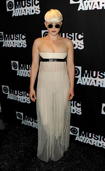 Robyn arrives at MTV's O Music Awards 2 in 2011