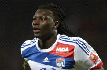 Newcastle move for Gomis in doubt