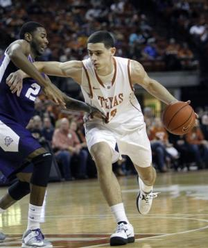 Papapetrou leads Texas over TCU 60-43