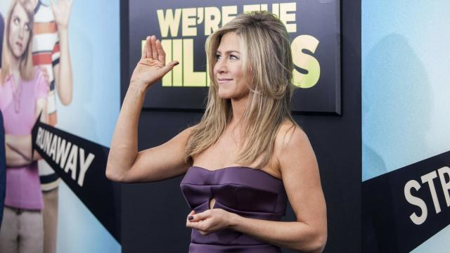 Il pancino sospetto di Jennifer Aniston
