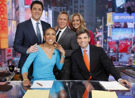 Robin Roberts Back At GMA Anchor Desk