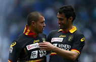 Lecce&#39;s Valeri Bojinov (L) and Davide Brivio during a Serie A match on April 22. Lecce visit the Juventus stadium for the first time fighting for Serie A survival after suffering back-to-back home defeats against Napoli and Parma