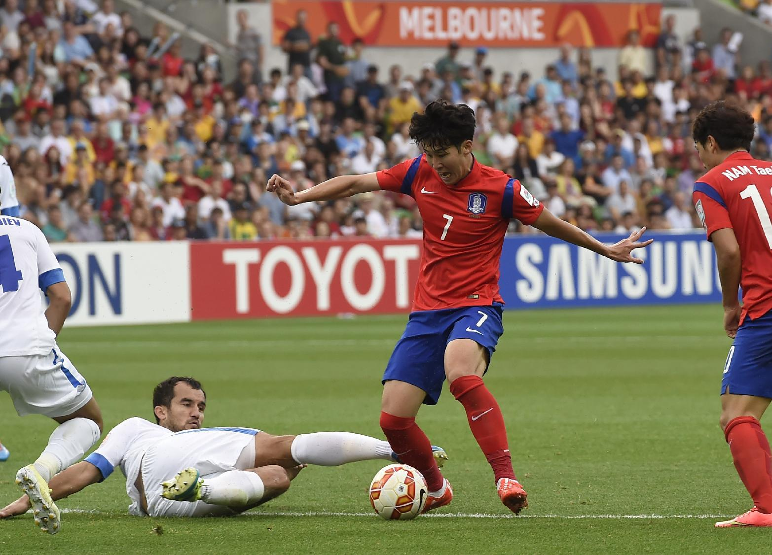 Undermanned SKorea sweat on Son for Asian Cup semifinals
