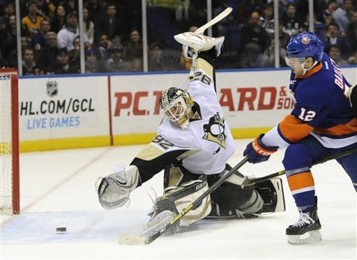 Penguins rally for 11th straight win