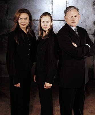 Lena Olin, Jennifer Garner, Victor Garber