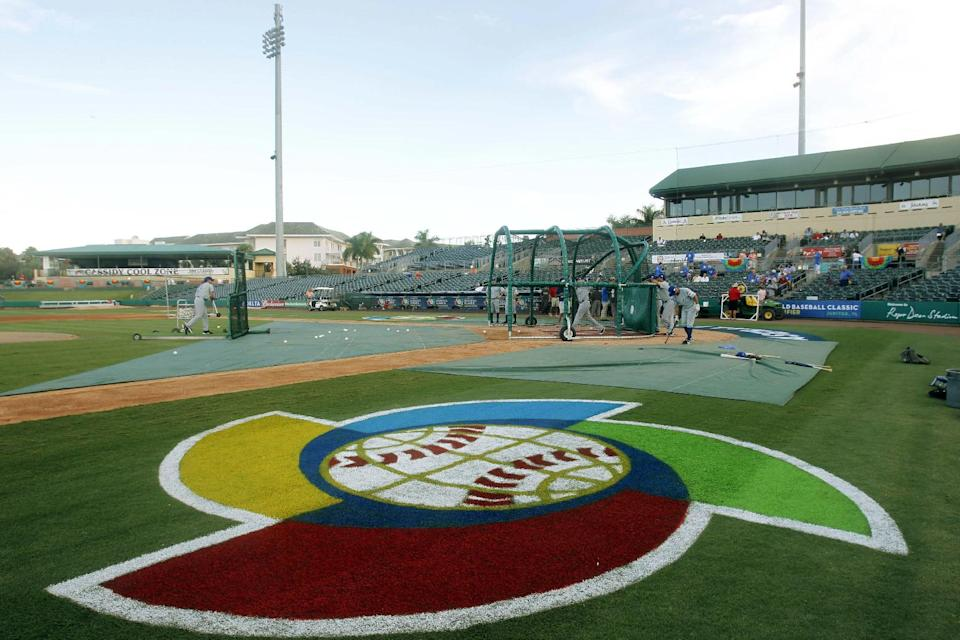 Israel players practice before a World Baseball Classic qualifier baseball game against South Africa in Jupiter, Fla., Wednesday, Sept. 19, 2012. (AP Photo/Alan Diaz)